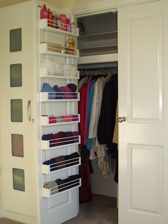 8 hacks to help you tidy up your wardrobe lettingweb - Closet doors for small spaces pict ...